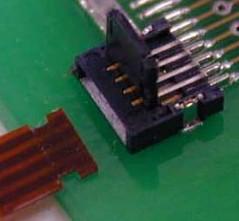 SFVL系列——间距0.5毫米和高度0.9毫米